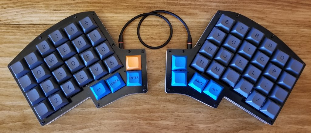 Iris Keyboard Build | codesuji